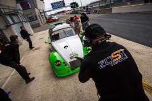 """La """"179"""" lors d'un ravitaillement aux 8 heures du Mans 2014"""