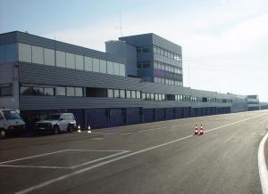 Photo du circuit de Dijon - Pitlane